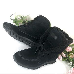 Cole Haan Faux Fur ankle boots size 7 1/2 B